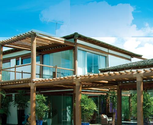 Casa de vidro no litoral da Bahia