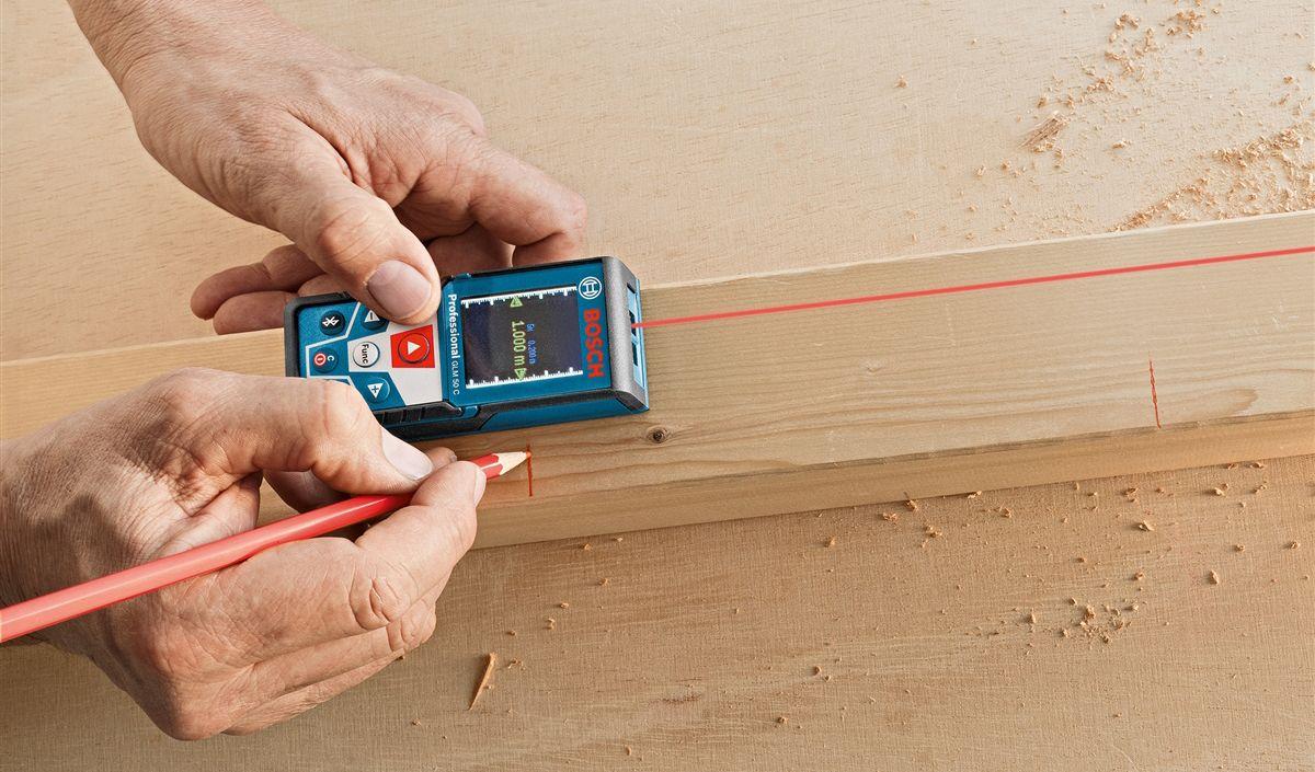 medição precisa de uma instalação com vidro