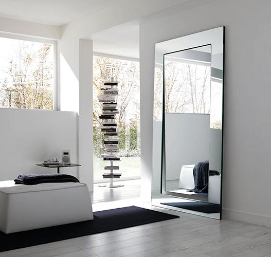 Revista vidro impresso tipos de vidro espelhos for Wandspiegel wohnzimmer
